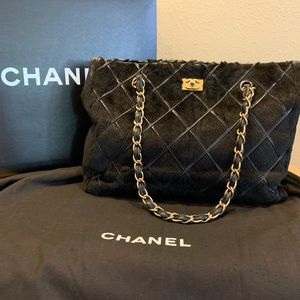 AUTHENTIC CHANEL TOTE IN LAPIN FUR